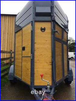 Horse box / Mobil bar / conversion / Catering trailer conversion / industrial